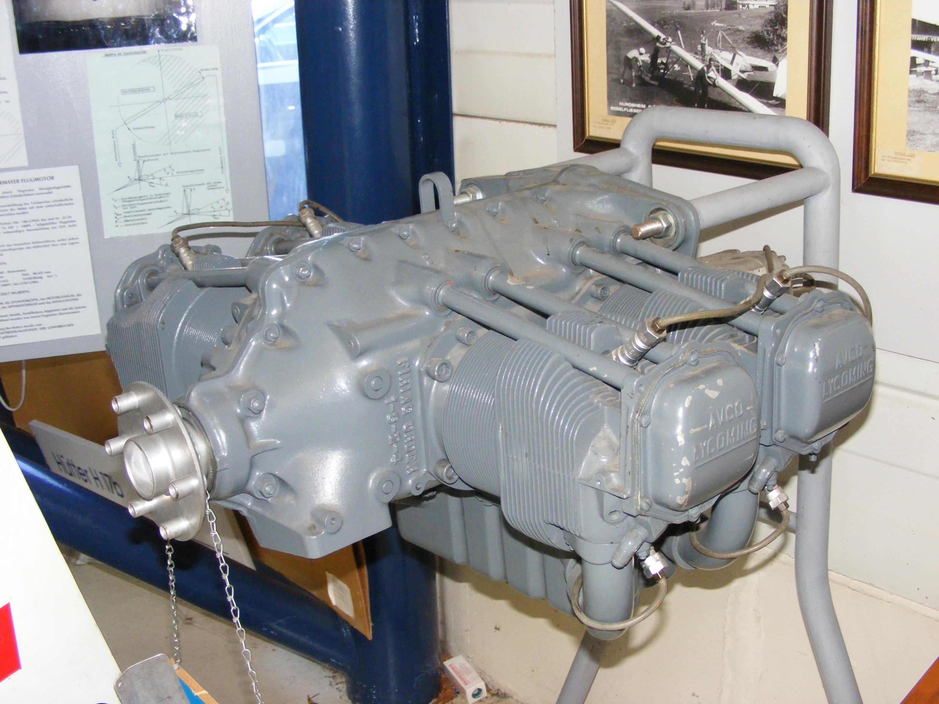 Lycoming O-320 motor Boxer